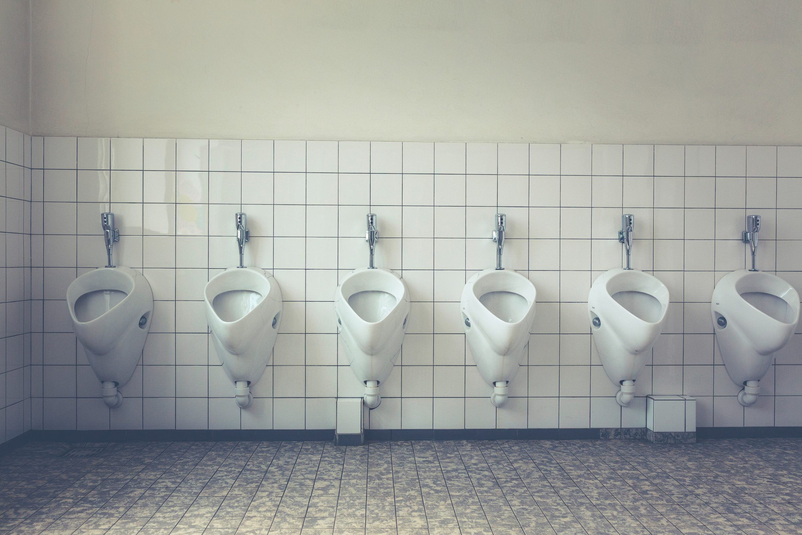 How to Remove Urine Odor From Bathrooms